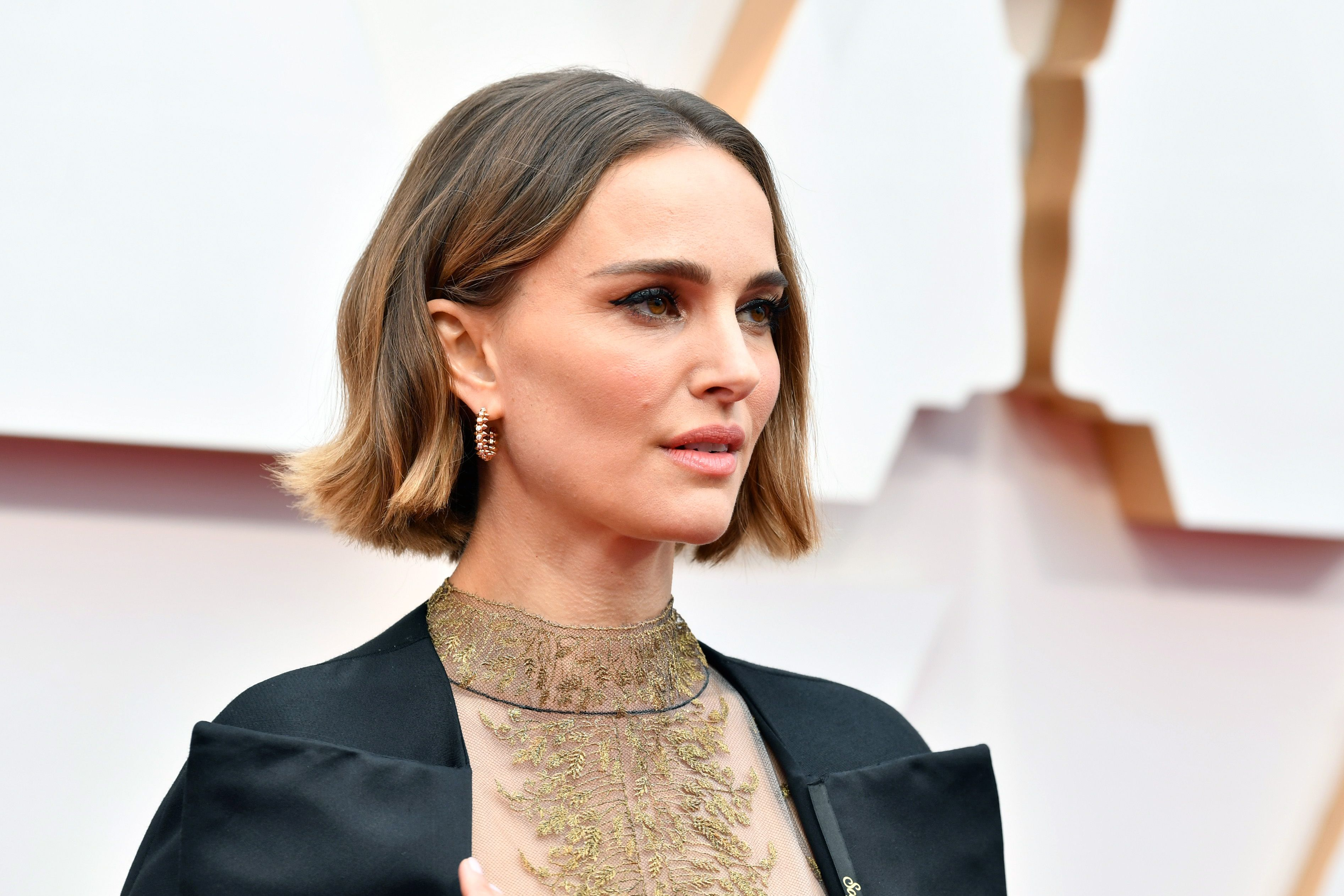 Natalie Portman at the Oscars 2020 – Red Carpet